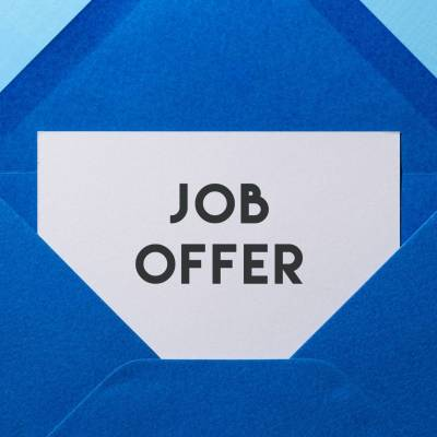 How to make a Job Offer and 5 Top Tips to ensure it is accepted